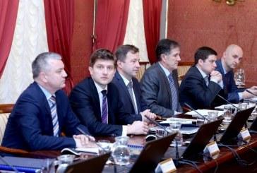 Ministar financija Marić obećao: nema smanjivanja plaća i mirovina