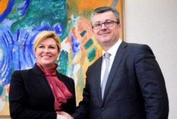 Orešković i Kitarović održali prvi službeni radni sastanak