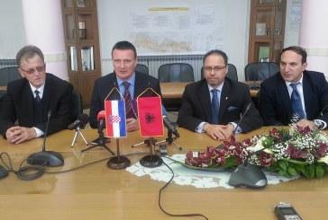 Veleposlanik Albanije u RH Ilir Melo u posjetu Slavonskom Brodu i Brodsko posavskoj županiji