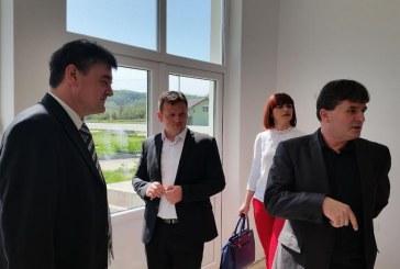 Pomoćnik ministra obrazovanja Momir Karin u radnom posjetu općini Podcrkavlje