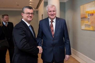 Premijer Orešković sastao se bavarskim premijerom Seehoferom