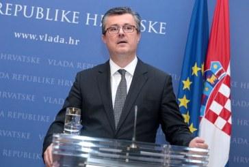 Premijer Orešković poručio: 'ova vlada će slomiti javni dug!'