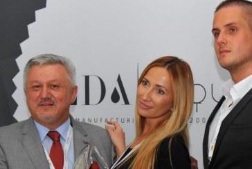 Dario Marenić, osnivač ELDE i član CRANE-a osvojio nagradu za najbolji proizvod u industriji
