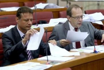 Potpredsjednici saborskog Kluba zastupnika HDZ-a Jandroković i Mlakar podnijeli ostavke
