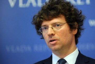 Ministar Šustar: Kurikularna reforma ide dalje, ne prihvaćam razrješenje ekspertne skupine