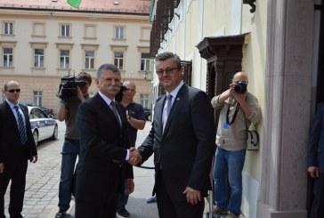 Premijer Orešković s predsjednikom mađarskog parlamenta Lászlom Kövérom