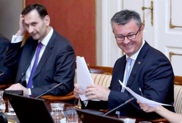 Sjednica tehničke Vlade; Orešković: sve funkcionira, ispunjavat ćemo svoje obveze