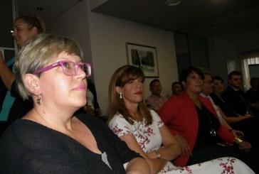 """Forum žena SDP-a organizirao Okrugli stol o ulozi žena u politici: """"Sve što nas okružuje je politika"""""""