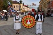 Svečano zatvorene 51. Vinkovačke jeseni: sve bogatstvo hrvatske tradicijske baštine