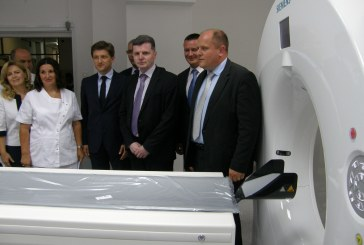 Ministar Dario Nakić u Slavonskom Brodu pustio u rad 5,3 milijuna kuna vrijedan CT uređaj