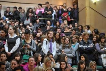 Ministarstvo financija reagiralo na prozivke studenata: dohodak do 60.600,00 kuna bit će neoporeziv
