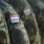 Hrvatska ponovno uvodi obvezni vojni rok!?