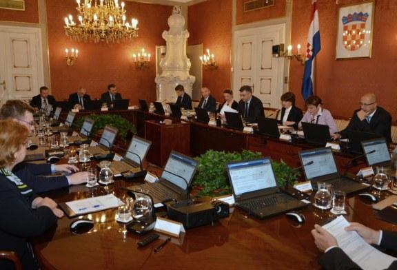 Vlada raspisala lokalne izbore i prihvatila Zakon o subvencioniranju stambenih kredita