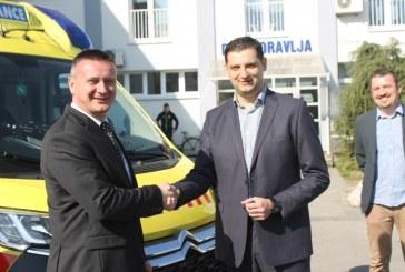 Zavod za hitnu medicinu Brodsko posavske županije nabavio novo vozilo