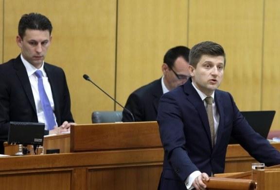 Zdravko Marić ostaje ministar financija, Božo Petrov podnio ostavku na dužnost predsjednika Sabora