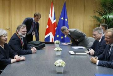 Brexit- Sretan Dan nezavisnosti ? Theresina ponuda, odbijenica i nastavak drame.